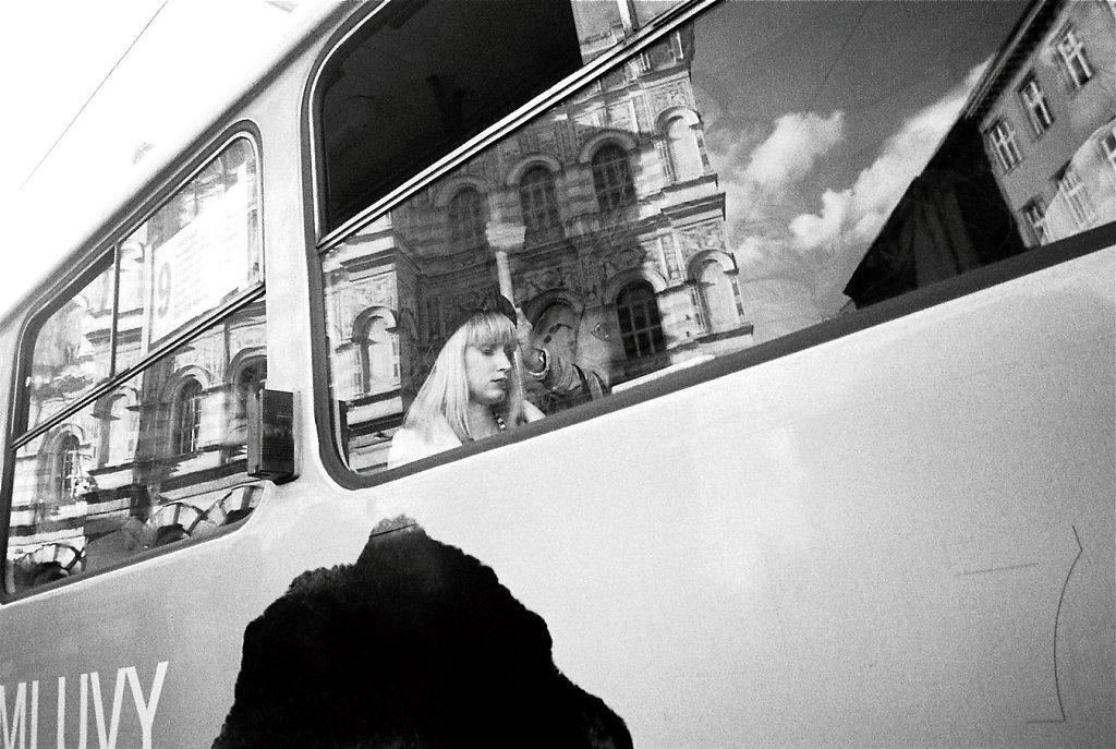 4142-passagere-tram-W-Photo13-13-2-rd1350.jpg